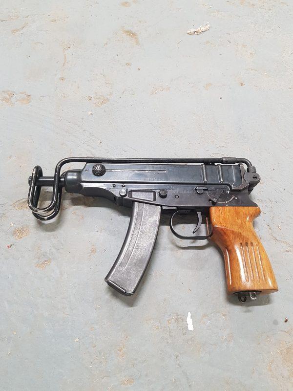 skorpionvz61-2.jpg